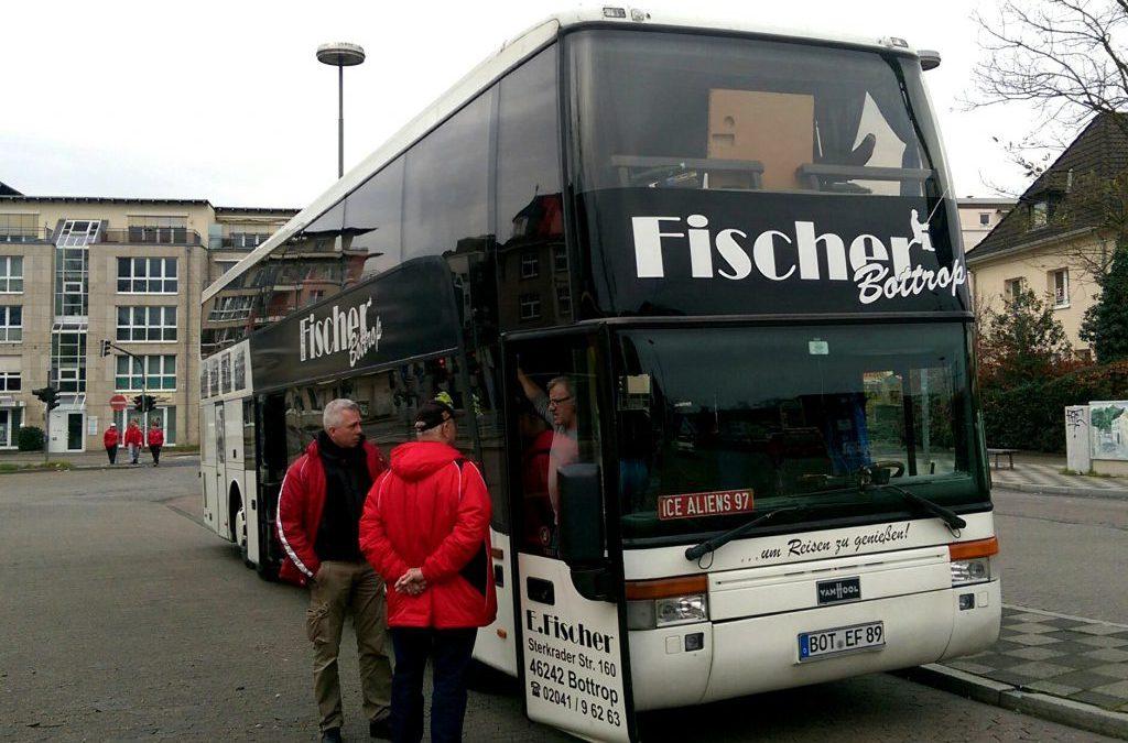 Fans fahren im Mannschaftsbus mit zum Auswärtsspiel